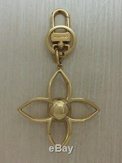 Authentic LOUIS VUITTON BAG CHARM M61024 LV Sphere Gold Plated Monogram Flower