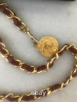 CHANEL VINTAGE Gold Plated Red Leather CC Logos Charm Vintage Chain Belt