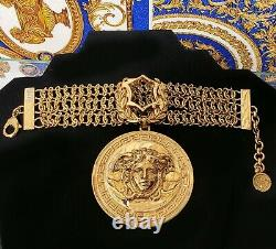 F/w 2014 Look # 20 Everywhere Iconic Versace Gold Plated Chain Medusa Bracelet