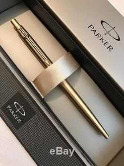 New Parker Classic Gold Plated Gt Ballpoint Pen-black Ink-gift Box