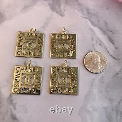 Set Of 4 Chanel CC Paris square Zipper Pull 27.8mm metal Gold Plated