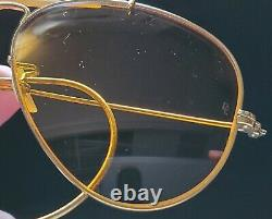 Vintage B&L Ray Ban Bausch & Lomb Outdoorsman Ambermatic 58mm Aviator withCase