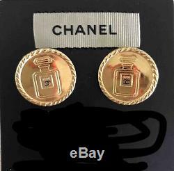 Authentique Vintage Chanel # 5 Bouton Boucles D'oreilles En Métal Plaqué Or