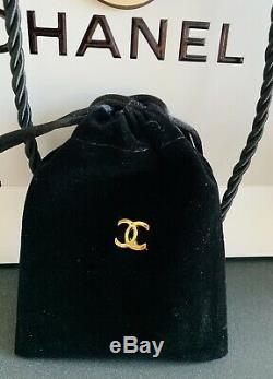 Bouton Authentique Vintage Chanel Boucles D'oreilles En Métal Plaqué Or