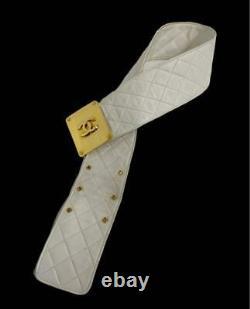 Chanel Matrasse Logo Plate Large Ceinture En Or Boucle Blanche Accessoires Vintage
