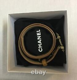 Verre Ceinture Chanel Tan Suede Gripoix Cabochons Plaqué Or Boucle Taille 85 34
