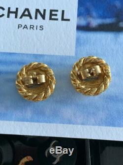 Vintage Chanel CC Bouton Interlocking / Boucles D'oreilles Plaqué Or